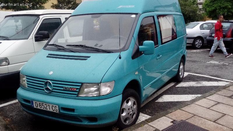 Annunci furgoni e camper furgoneta camper mercedes vito for Vendo furgoneta camper