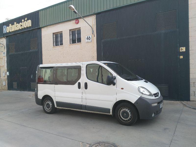 furgoneta opel vivaro 9 plazas camper segunda mano andalucia. Black Bedroom Furniture Sets. Home Design Ideas