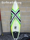 Tabla de surf Essus 5'10'' x 24.3L