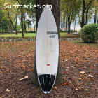 Pyzel Ghost 5'11 - 28.40 Litros