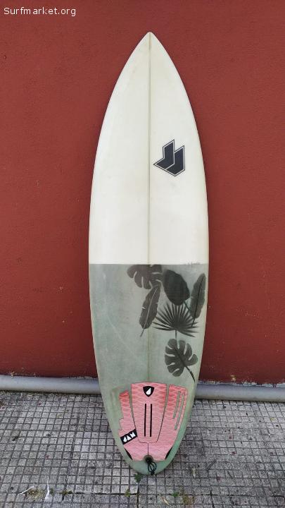Tabla de surf JJ 5'11