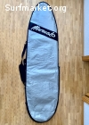 "Tabla mini Malibú 7'3"". Con leash, neopreno, quillas y bolsa"